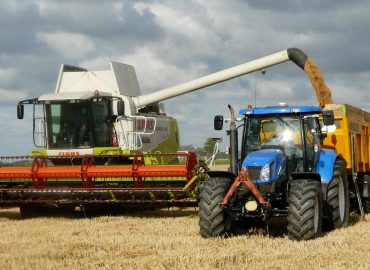 harvest-grain-combine-arable-farming-163752
